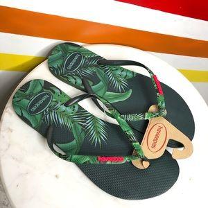 NEW Havaianas leaf flip flops 11/12 women's
